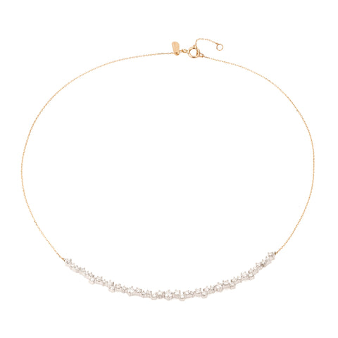 Scattered Diamond Curve Collar