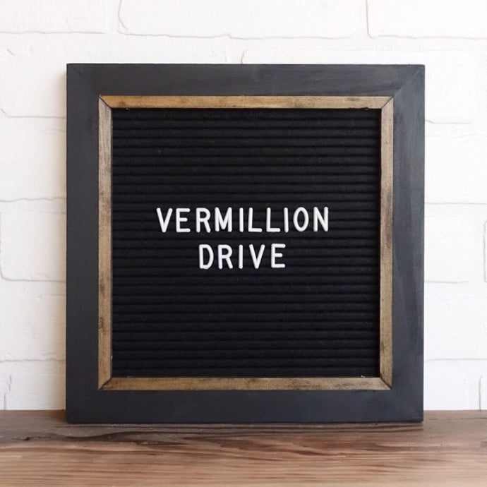 Black - Chic Frame - Letter Board - Small
