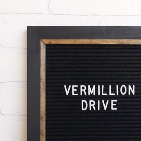 Black - Chic Frame - Letter Board - Large