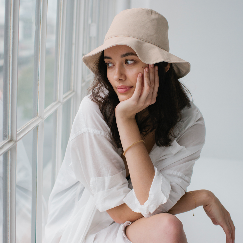 Linen Bucket Hat - Bone Womens Accessories S/M,L/XL S O P H IE