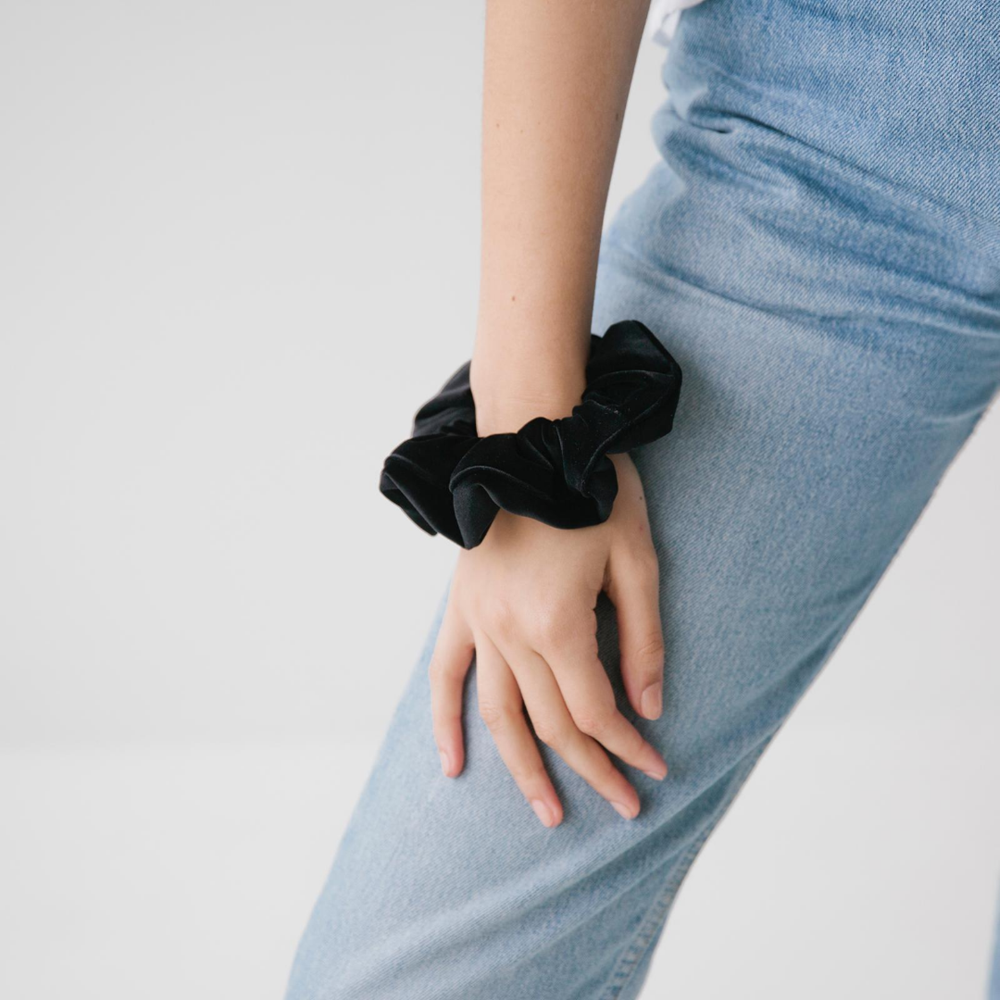So Scrunchie Velvet - 2 Colours Womens Accessories Black S O P H IE