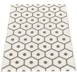Pappelina Rug Honey Charcoal