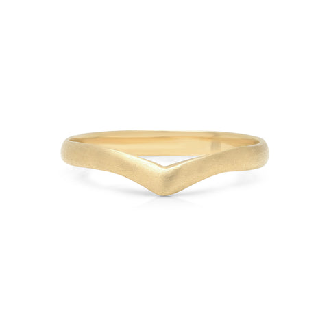 THIN BAND CHEVRON RING