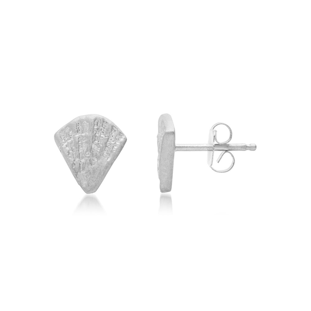 DECO SHELL FAN STUDS