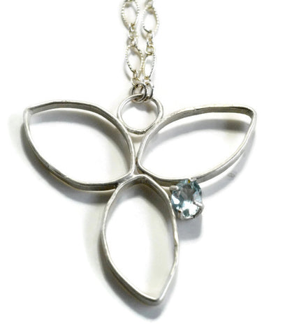 Sterling silver flower pendant with aquamarine by Aprilierre