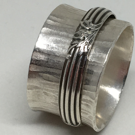Meditative Moments ~ Sterling Silver Spinner Ring Size 9 - Aprilierre