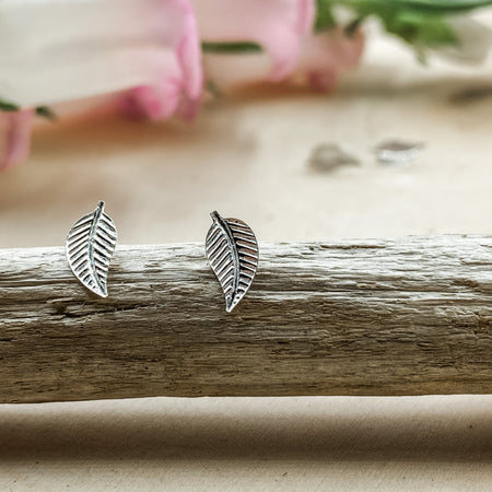 Silver Studs- Tiny Falling Leaves - Aprilierre