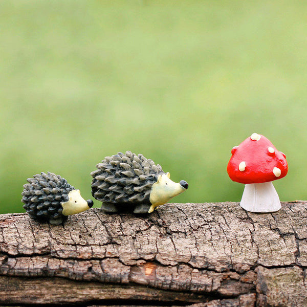 hedgehogs and mushroom