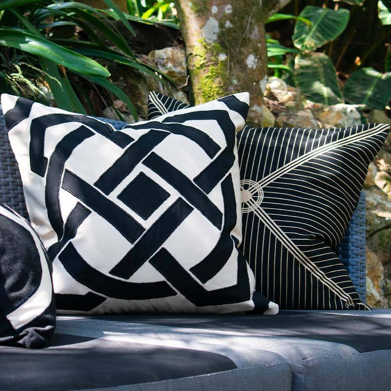 Bandhini Homewear Design Lounge Cushion Cloud / 22 x 22 Outdoor Dial Black & Beige Lounge Cushion 55 x 55 cm