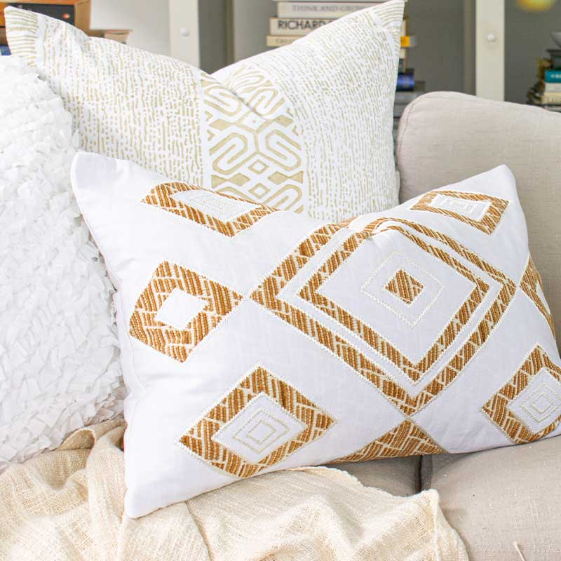 Bandhini Homewear Design Lumber Cushion Wind / 14 x 21 Shoowa Diamond White Lumber Cushion 35 x 53cm