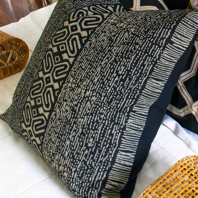 Bandhini Homewear Design Medium Cushion Natural / 20 x 20 Inner Paths Black Medium Cushion 50 x 50 cm