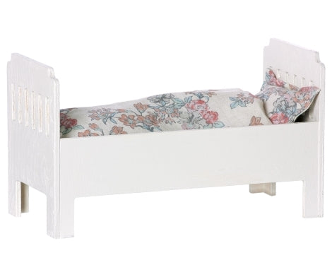 maileg small wooden off-white bed