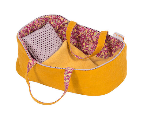 moulin roty la famille mirabelle medium carry basket