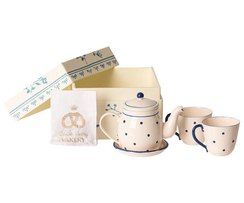 maileg boxed tea and biscuit set for two