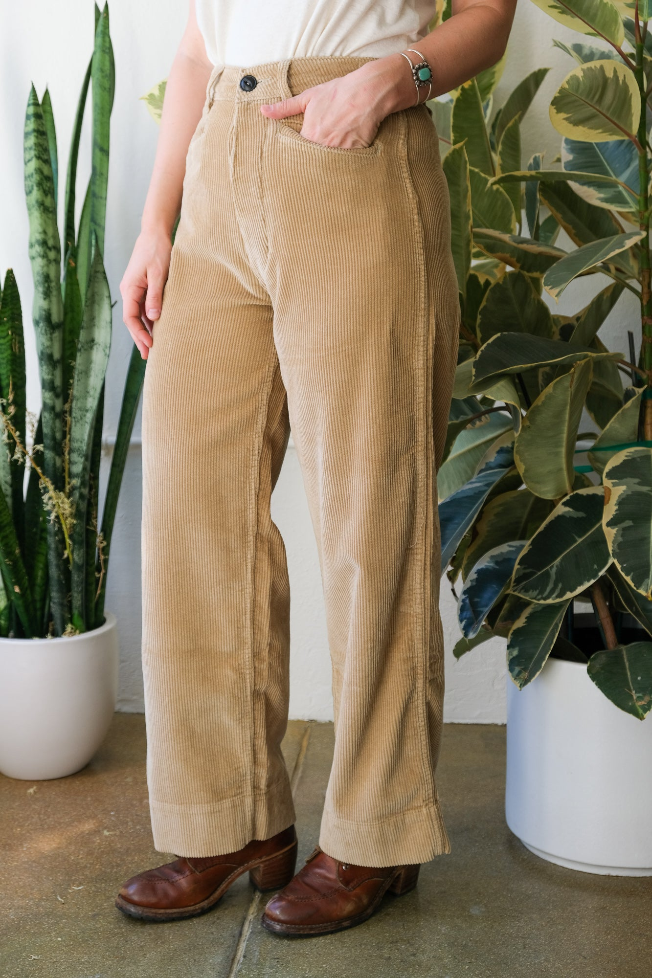 Sailor Pants in Sand Corduroy
