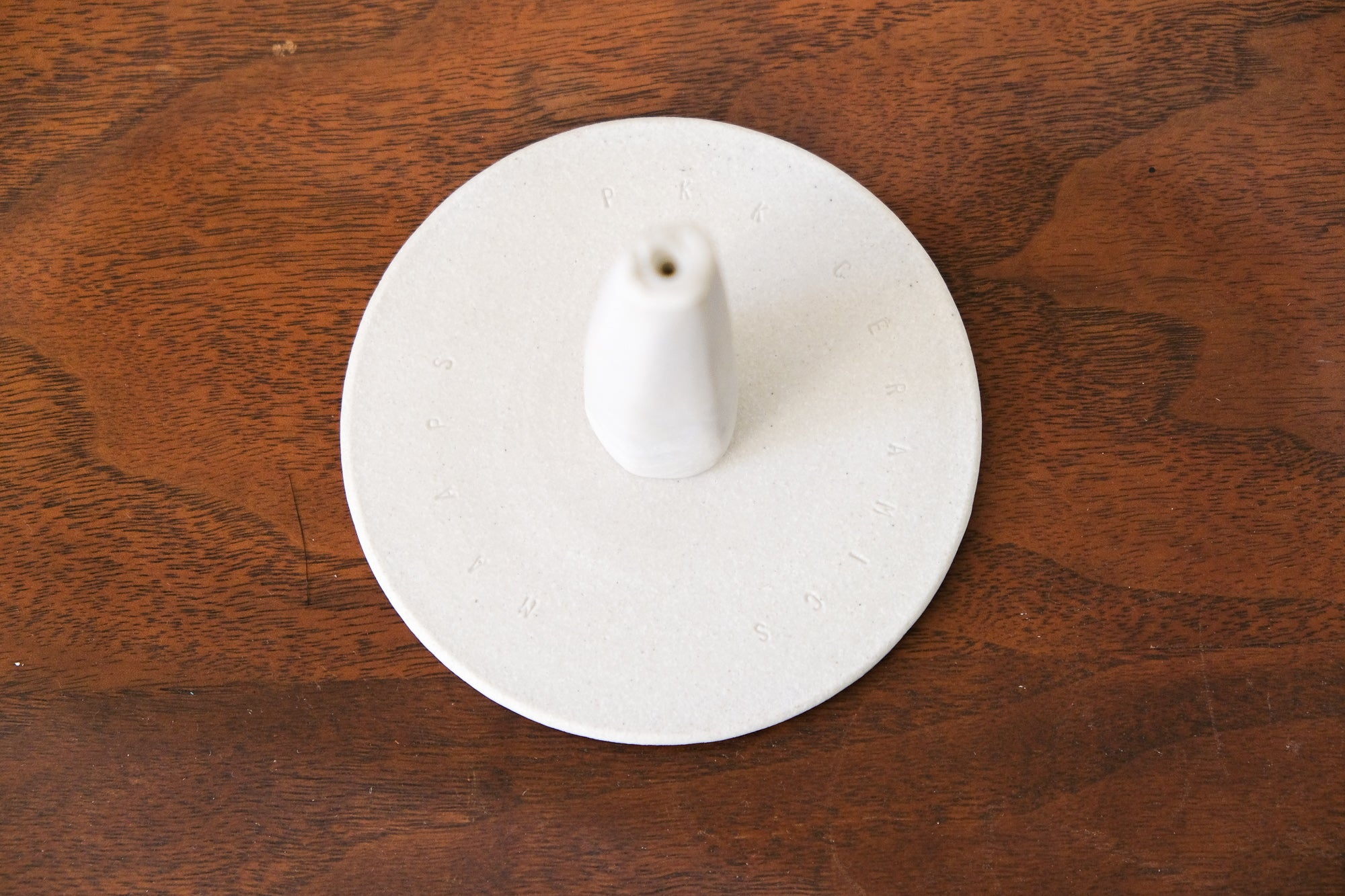 Maaps Monolith Incense Holder in White