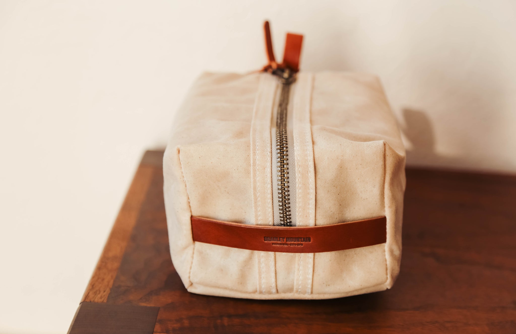 Bradley Mountain Dopp Kit in Oatmeal