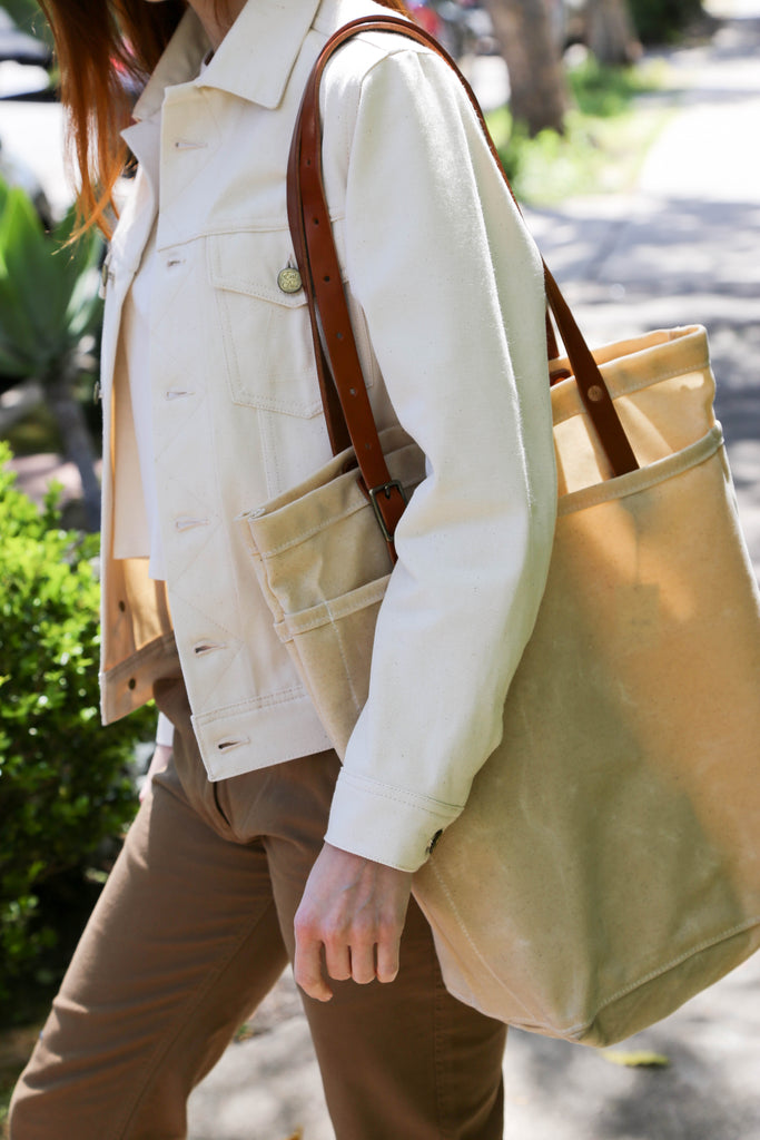 Bradley Mountain Utility Tote in Oatmeal