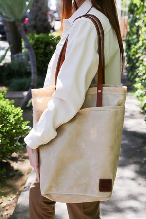 Utility Tote in Oatmeal