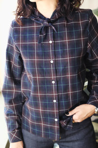 Bandana-Neck Shirt in Black Plaid
