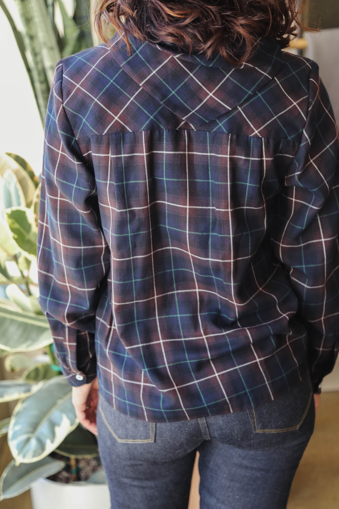 Carleen Bandana-Neck Shirt in Black Plaid