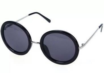 Round retro style oversized sunglasses