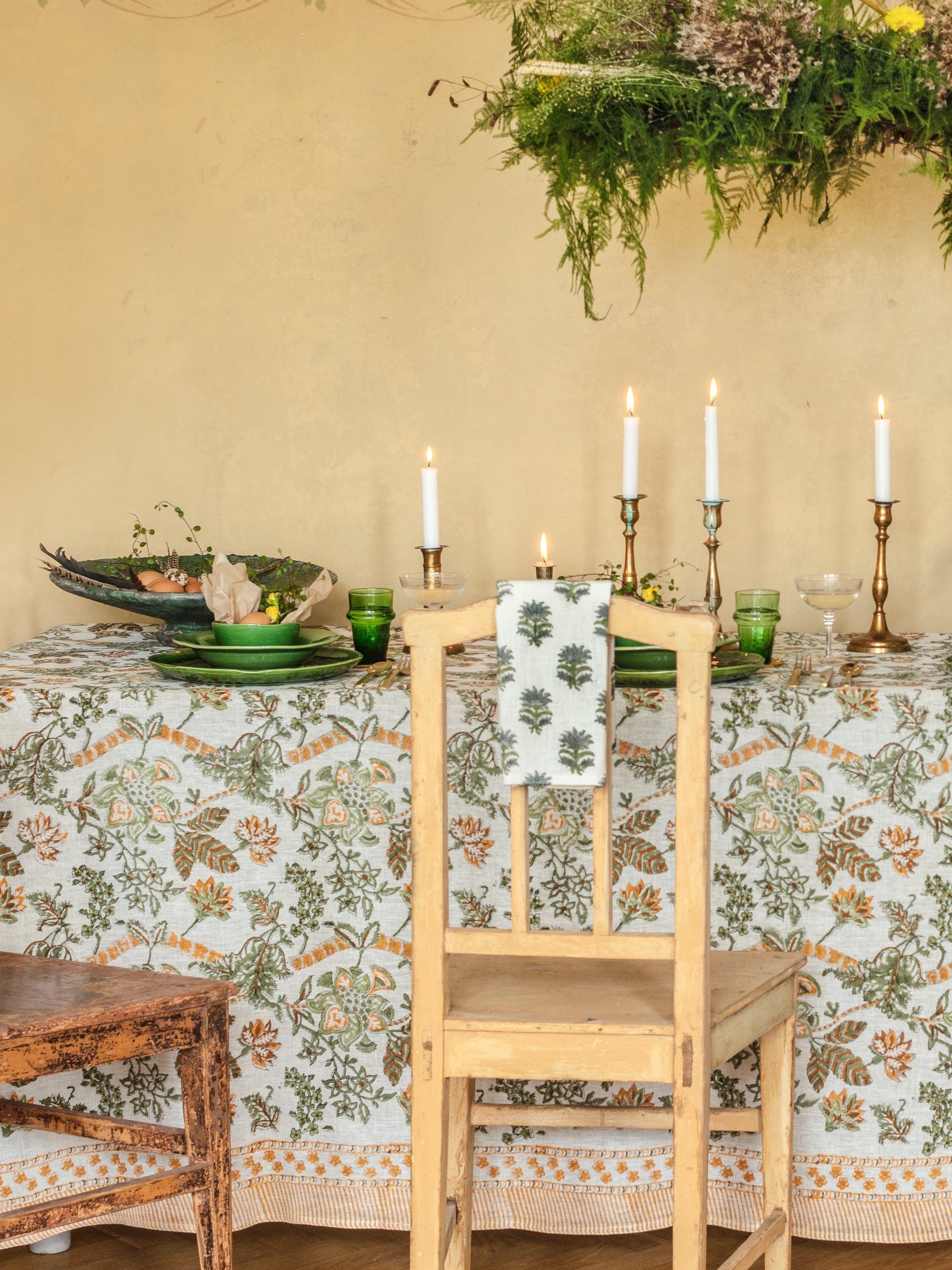 Linen Tablecloth with Floral print in Ochre