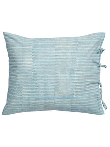 Pillowcases with Leaf print in Blue