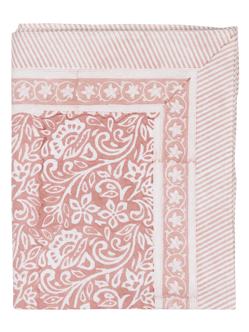 Jugend Tablecloth in Fuchsia Rose