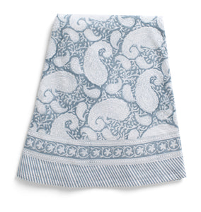 Round Tablecloth with Big Paisley® print in Cashmere Blue