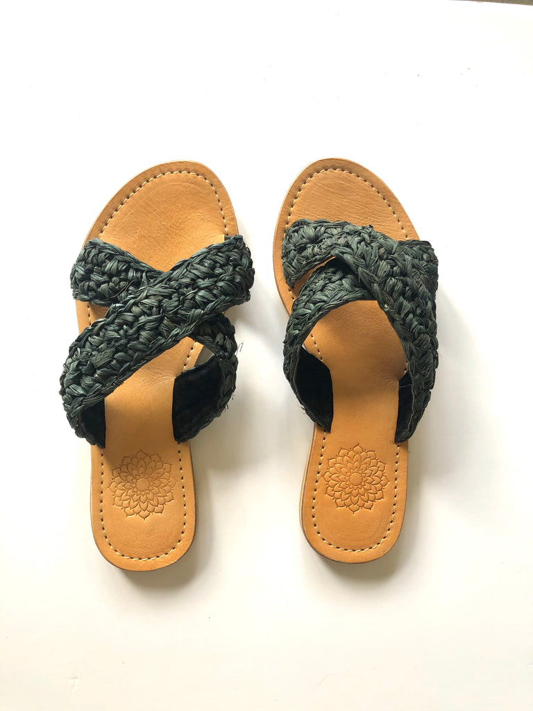 Raffia Slides Criss Cross - Black