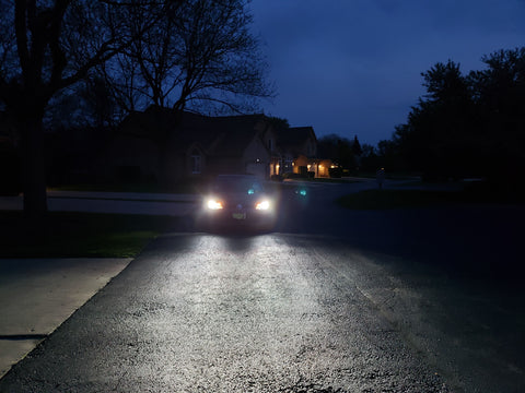 Night time street view of DAMA Kanji HID Conversion bulbs on GTI