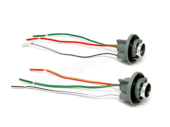 Two 1157 light bulb socket holder wire harnesses