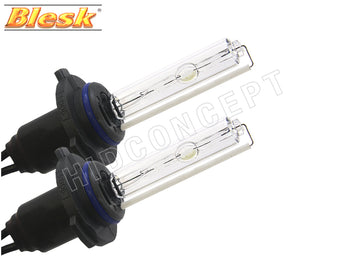 two opened #9005 (HB3) Blesk HID Xenon Bulbs