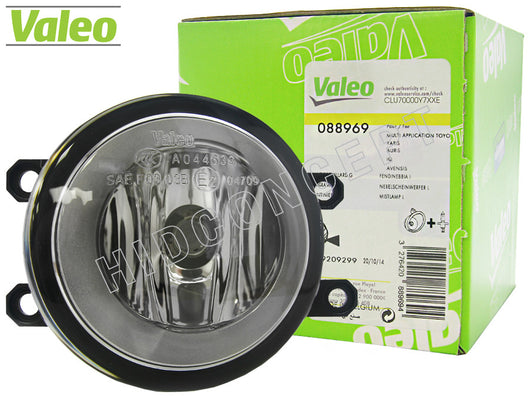green package and opened #88969 Valeo OEM Fog Lamp for Toyota and Lexus