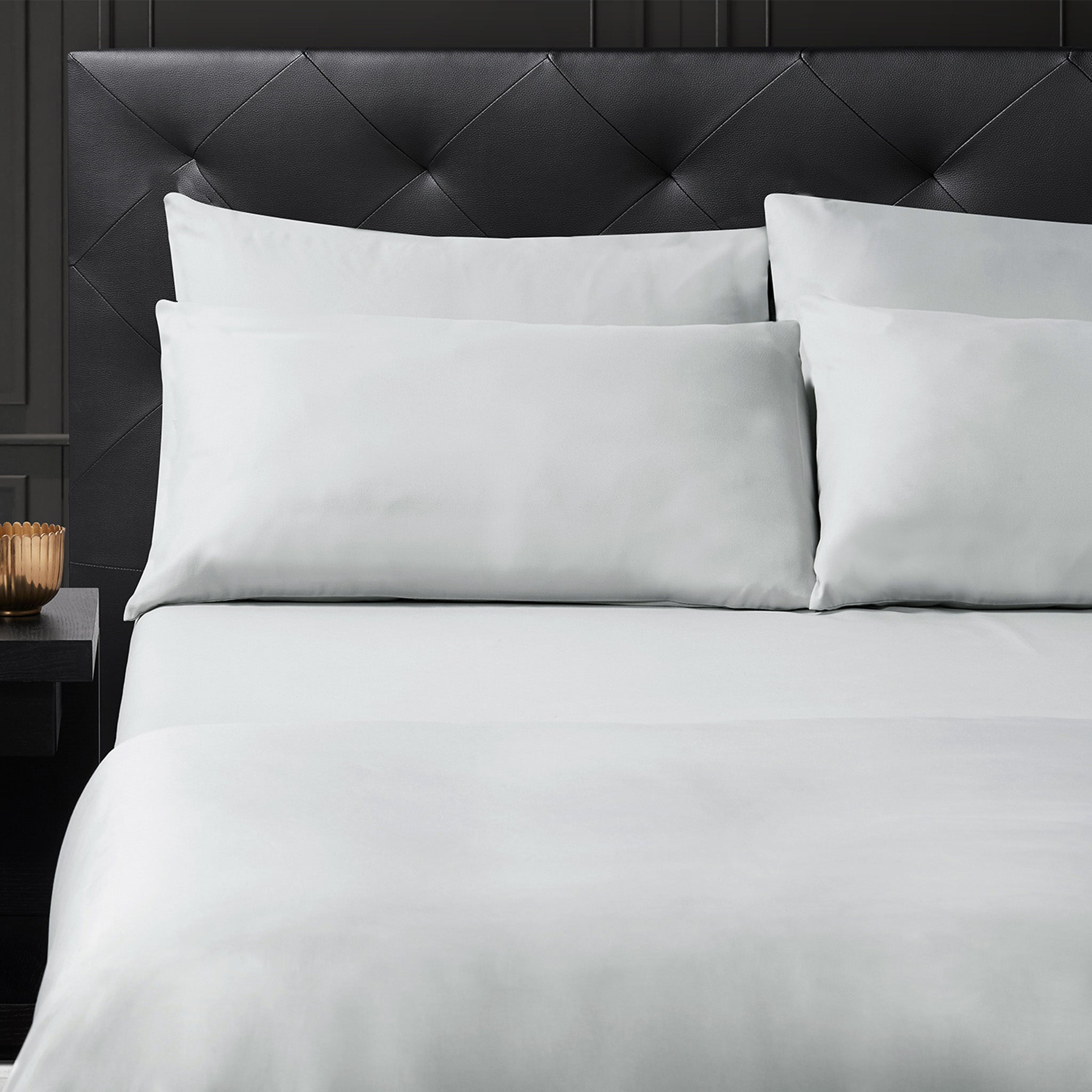 Isselle Beaufort Bed sheet set & duvet cover | Grey Slate