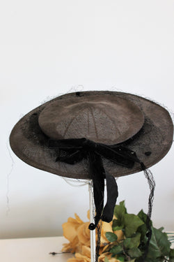 Vintage 1940s 1950s Black Hat With Veil