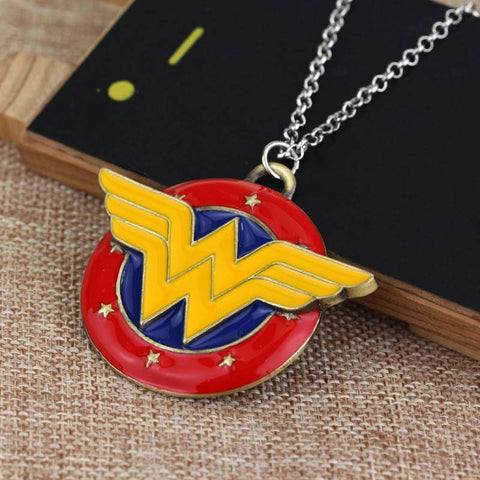 Wonder Woman Super Hero Necklace