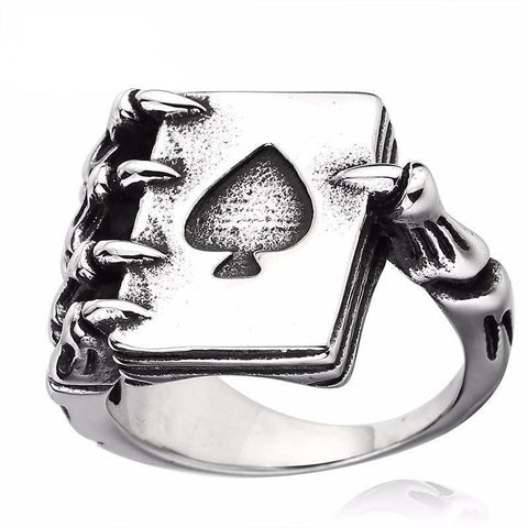Lucky Poker Claw Ring