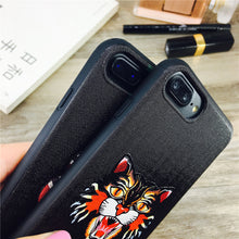 Tiger & Snake Premium iPhone Cover,  - trendr.dk