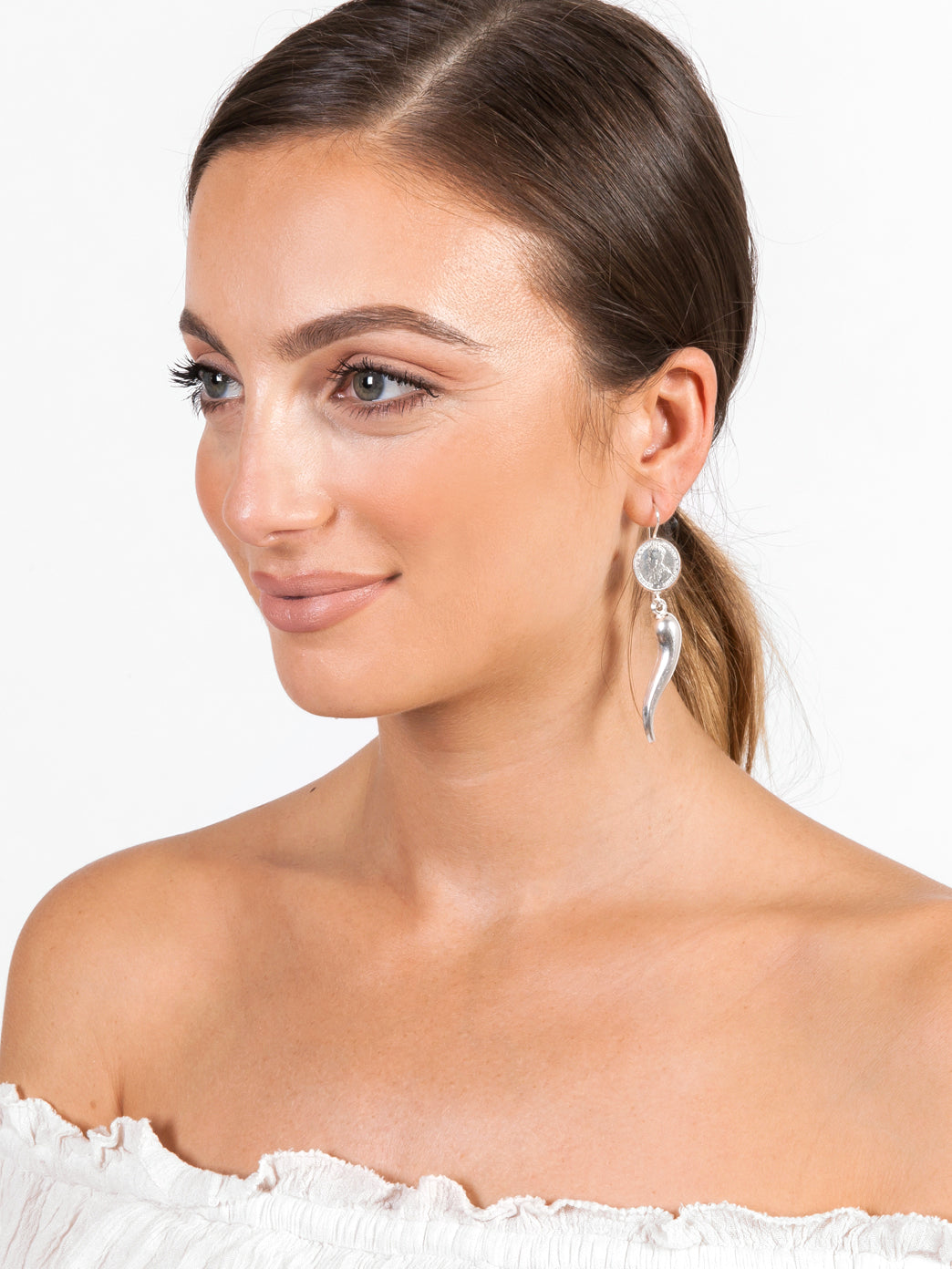Fiorina Jewellery Chilli Earrings Model