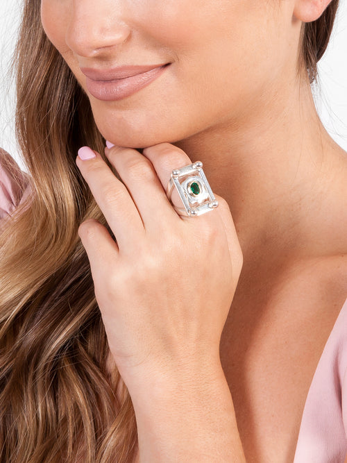 Fiorina Jewellery College Ring Emerald Model