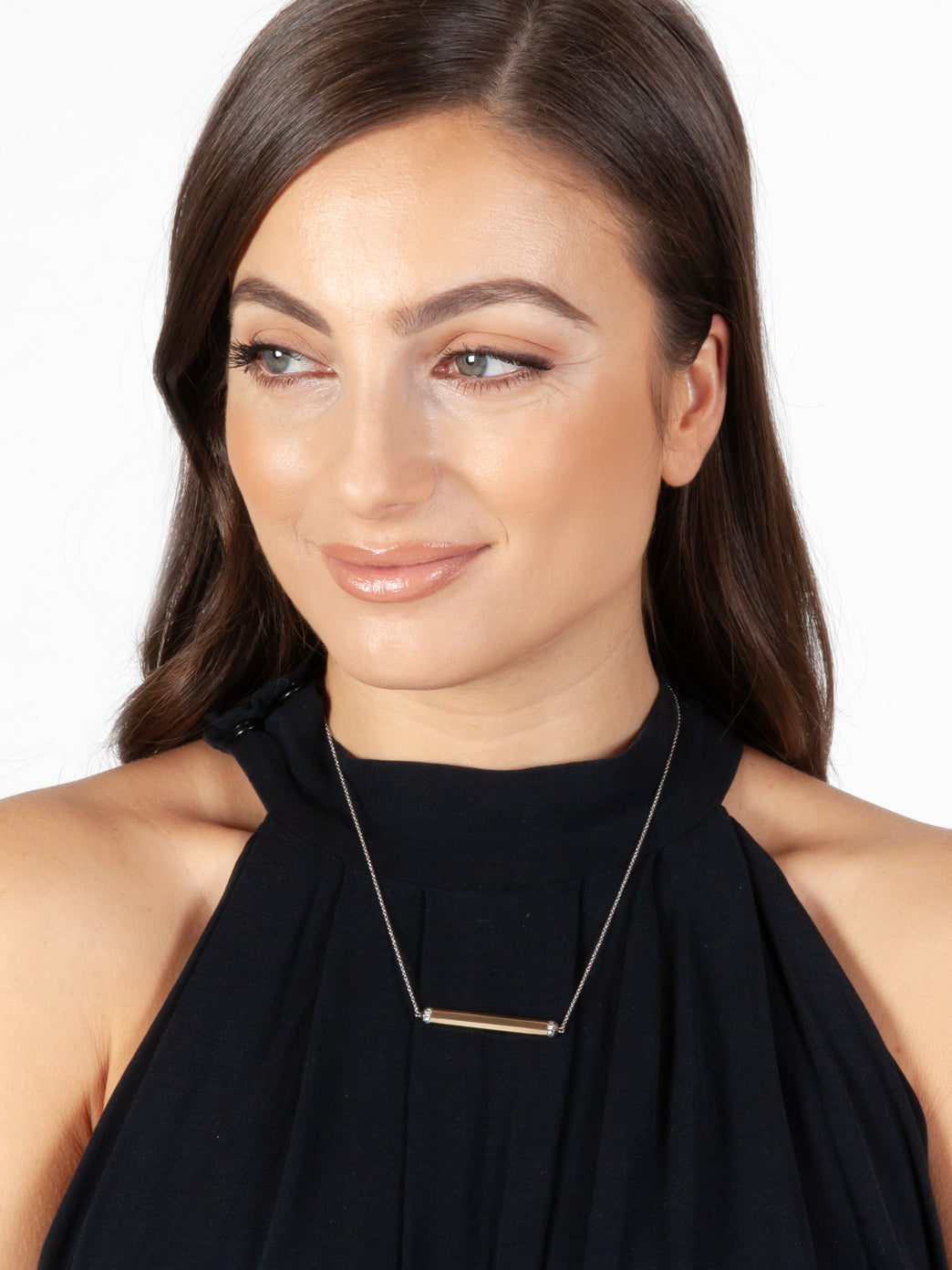 Fiorina Jewellery Manifest Necklace Model