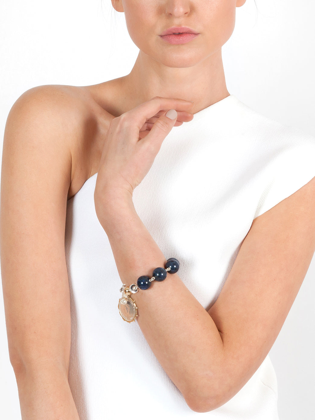 Fiorina Jewellery Elite Shirley Bracelet Sodalite Model