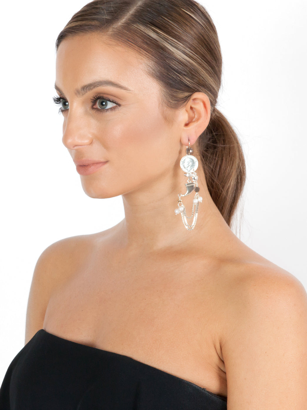 Fiorina Jewellery Raj Claw Moonstone Earrings