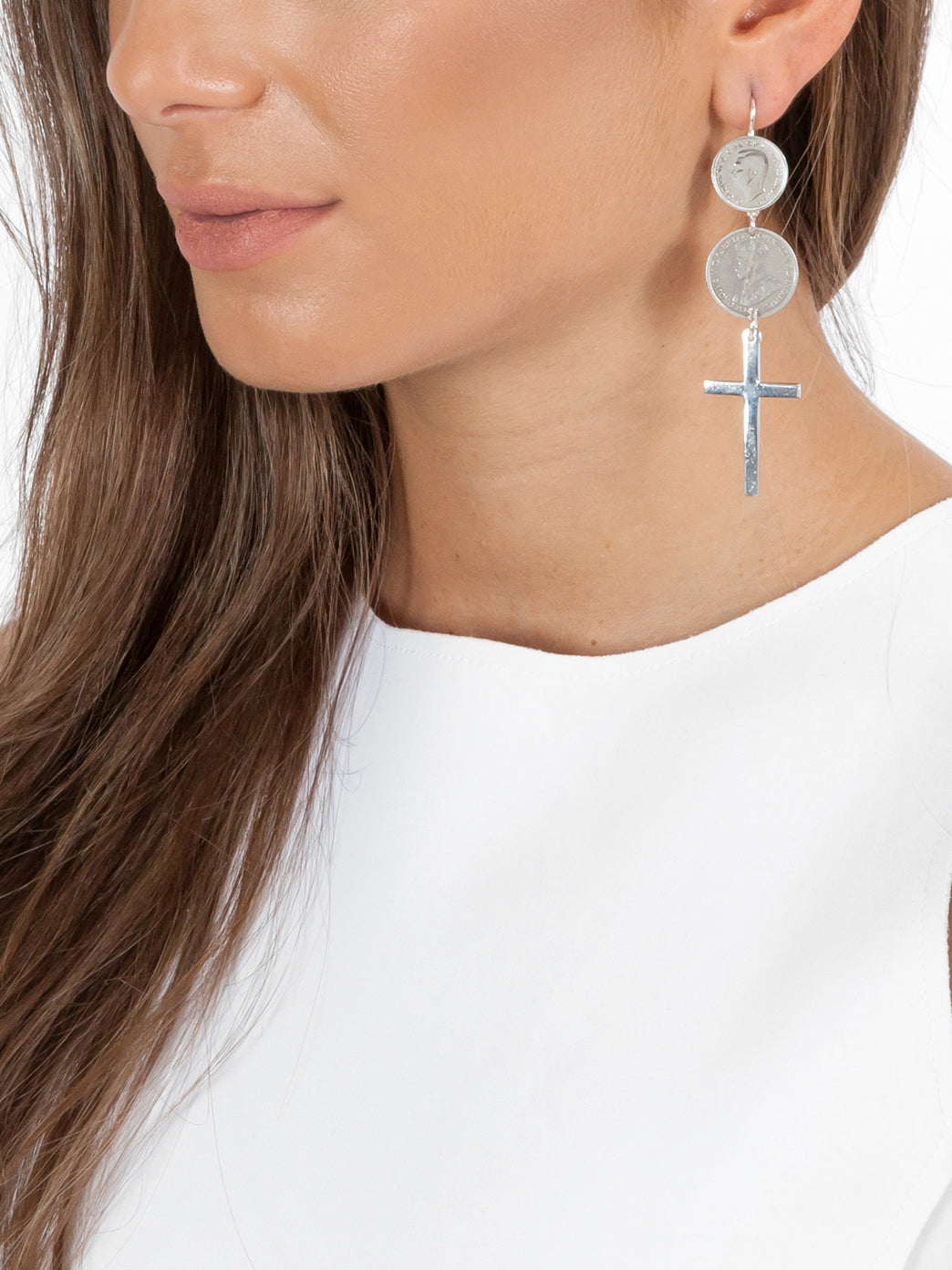 Fiorina Jewellery Double Coin Cross Earrings Model