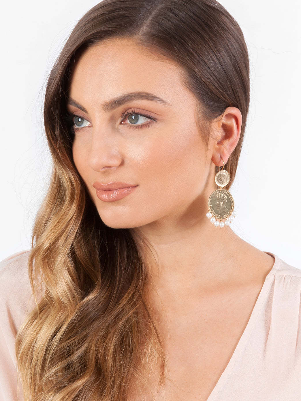 Fiorina Jewellery Gold Marrakesh Earrings Model