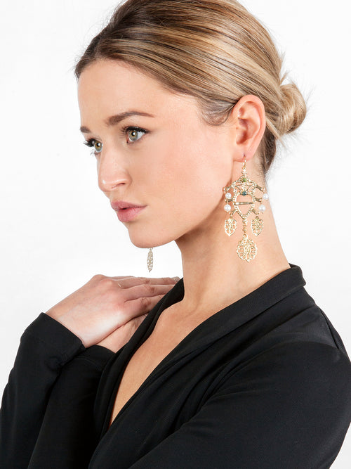 Fiorina Jewellery Gold Folklore Earrings Model