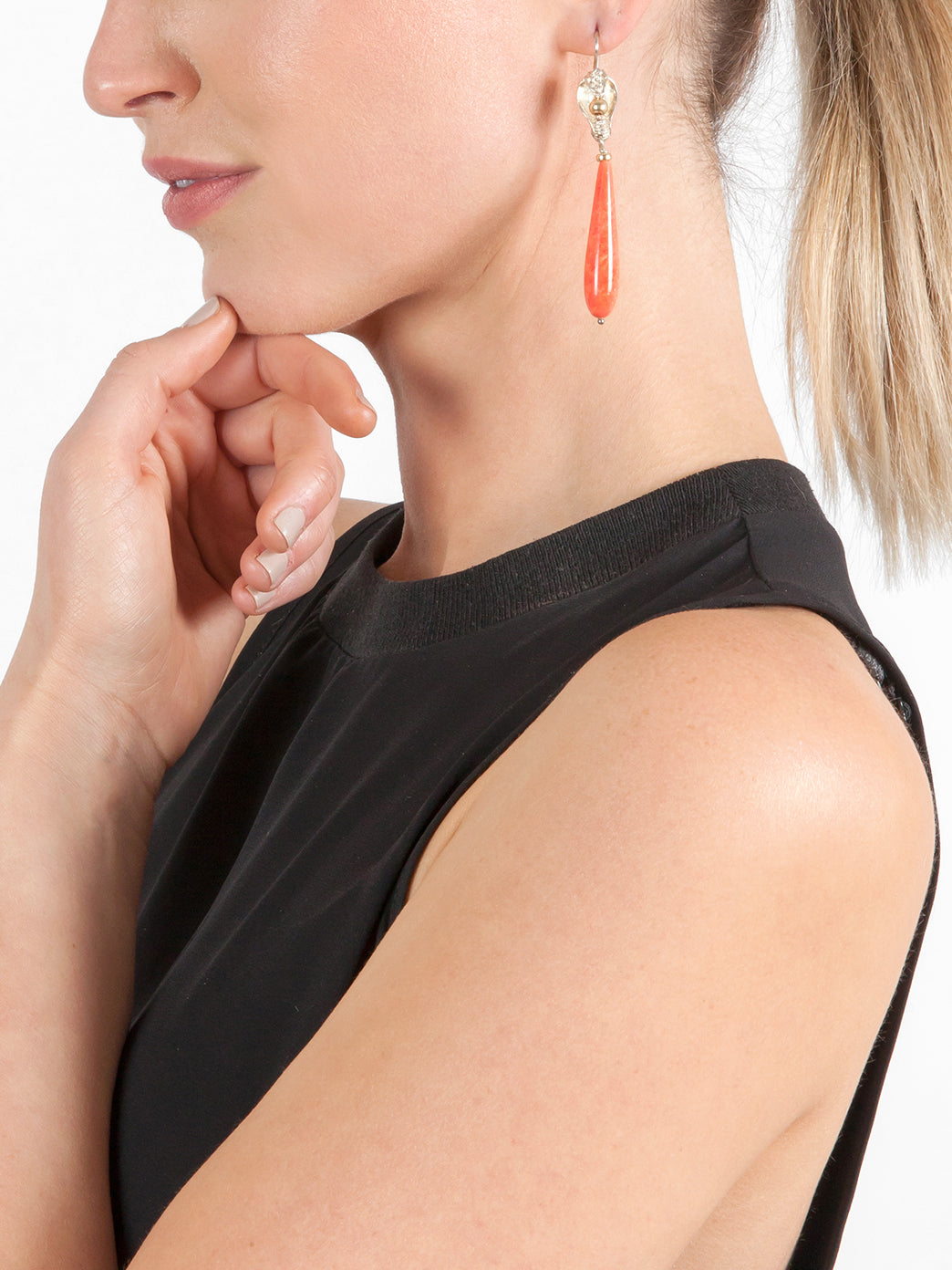 Fiorina Jewellery Medusa Cobra Earrings Coral Model