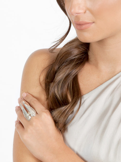 Fiorina Jewellery Angel Wing Ring Model